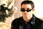 John Crichton with sunglasses